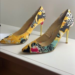"Thalia Sodi Multicolored 4"" Heels  Sz 9"